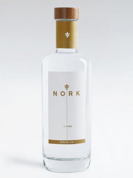nork-derbe-doppelkorn-flasche