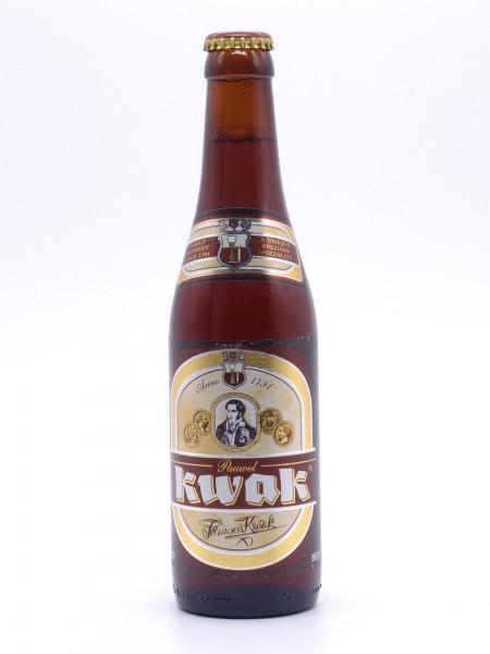 bosteels-pauwel-kwak-flasche