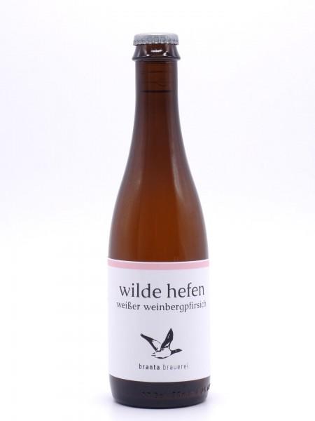 branta-wilde-hefen-weinbergpfirsich-flasche